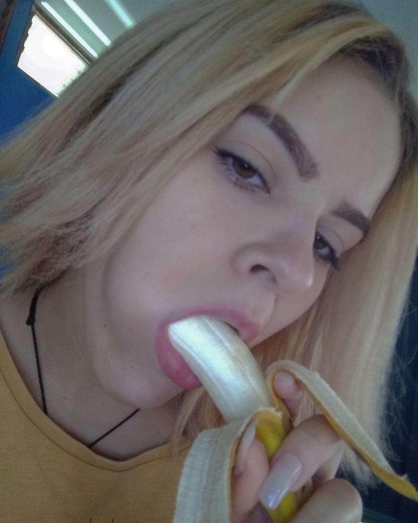 brazilian-cam-girl-rabuda-22