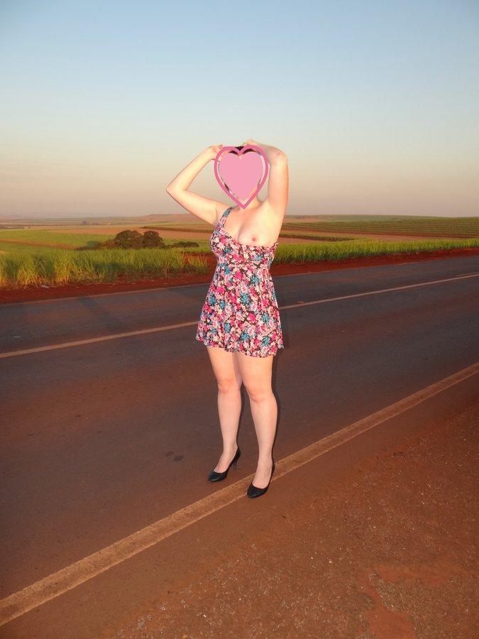esposa-pelada-estrada-02