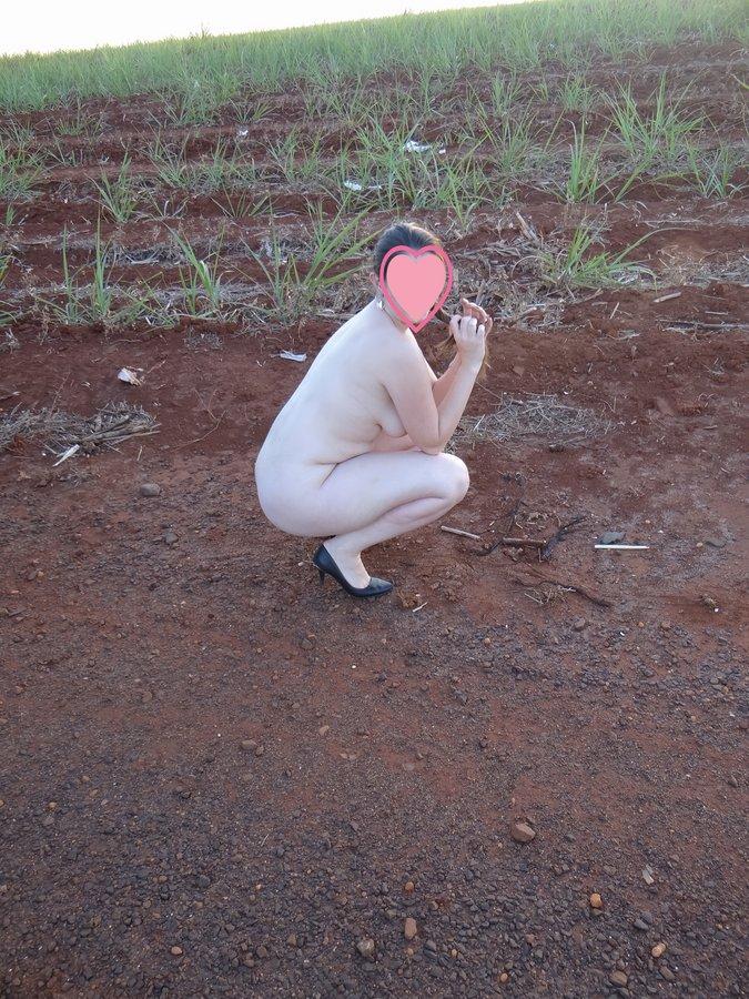 esposa-pelada-estrada-08