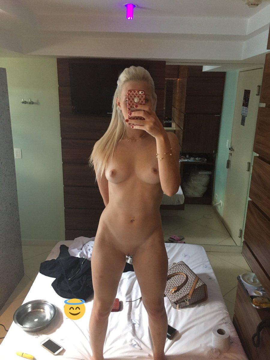 loira-sexy-safada-nudes-10
