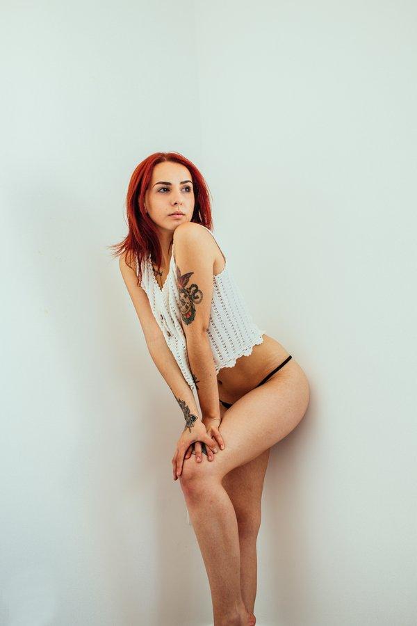 ruiva-linda-nude-ensaio-sensual-amador-08
