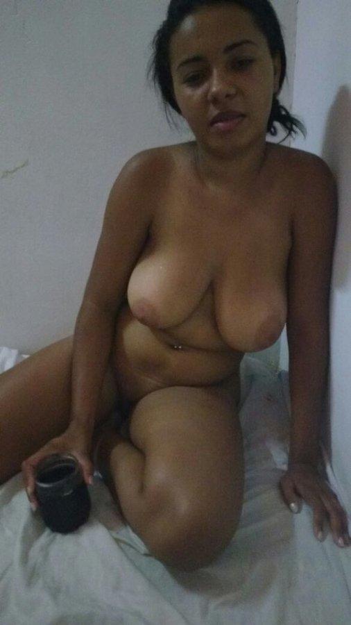 vendedora-gostosa-sexshop-03