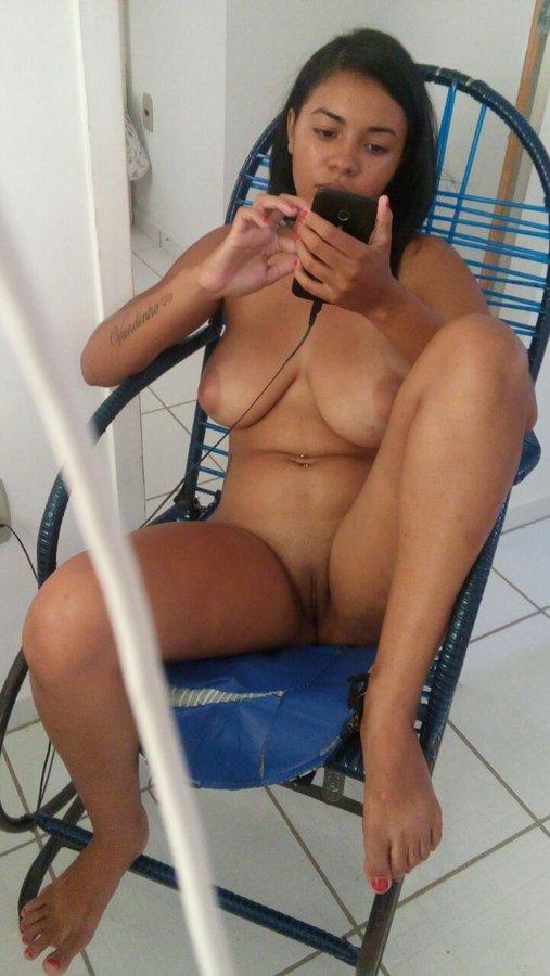 vendedora-gostosa-sexshop-32